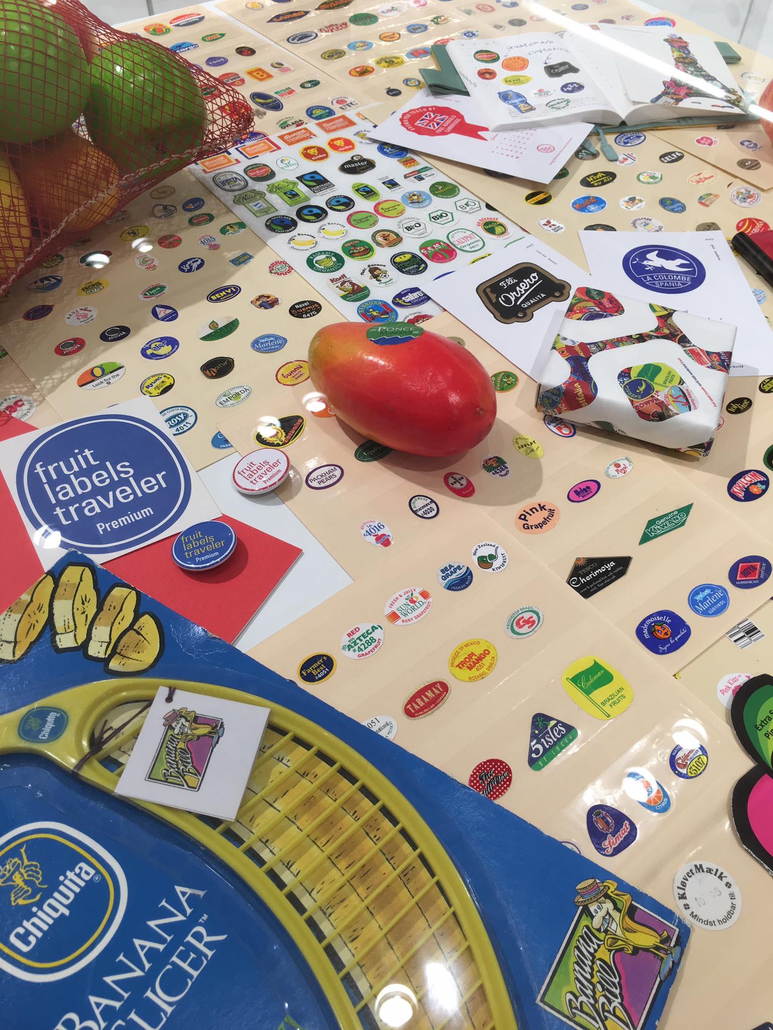 ほぼ日手帳|On the Desk + fruit labels traveler