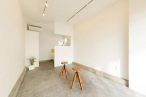 "Art and Design Gallery ""The Hours""|第6回 Fruit Labels Traveler 旅するフルーツシールのデザイン展|宮崎県宮崎市"